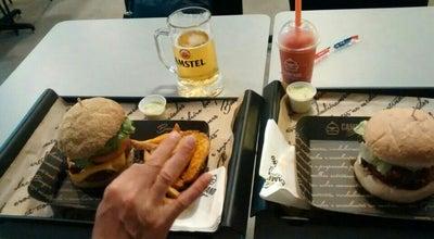 Photo of Burger Joint Campano Burger at Avenida Brasil, 3322, Sala 09, Balneário Camboriú 88330-063, Brazil