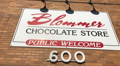 Photo of Candy Store Blommer Chocolate Store at 600 W Kinzie St, Chicago, IL 60654, United States