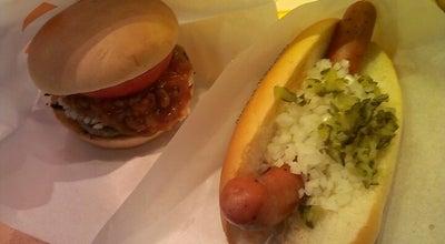 Photo of Burger Joint フレッシュネスバーガー 北野店 at 打越町335-1, 八王子市 192-0911, Japan