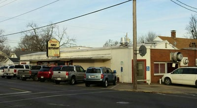 Photo of American Restaurant Ernie's family restaurant at 612 Derby Street, Pekin, IL 61554, United States