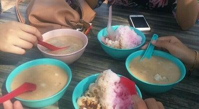 Photo of Food Truck Cendol Pulut, Laksa, Nasi Lemak, Nasi Tomato & Kuih Muih at Bawah Pokok, Sungai Petani 11700, Malaysia