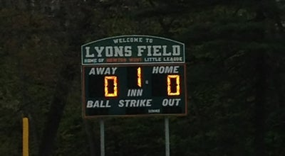 Photo of Baseball Field Lyons Field at 2157-2159 Commonwealth Ave, Auburndale, MA 02466, United States