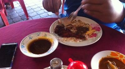 Photo of Breakfast Spot Kedai Makan Awek Kembar at Stern Bas Kemaman, Malaysia