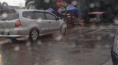 Photo of Food Truck Pasar Malam Perwira at Malaysia