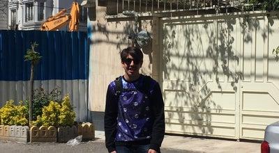 Photo of Boutique چرچيل- پشت سفارت انگليس(بورس لباس و پوشاك) at چرچيل, تهران, Iran