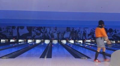Photo of Bowling Alley ラウンドワン 宝塚店 at 栄町1-14-3, 宝塚市 665-0845, Japan