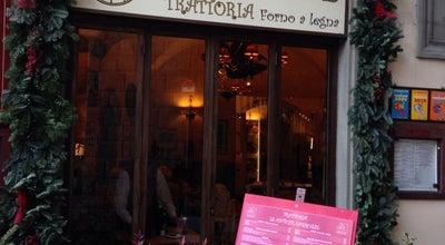 Photo of Italian Restaurant Trattoria Le Antiche Carrozze at Piazza Di Santa Trinita, Ang. Borgo Santi Apostoli, Firenze, Italy