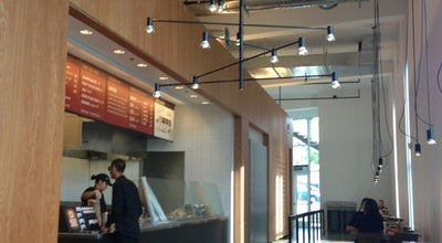 Photo of Mexican Restaurant Chipotle Mexican Grill at 14708 Ventura Blvd, Sherman Oaks, CA 91403, United States