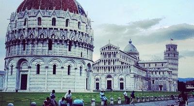 Photo of Plaza Piazza del Duomo (Piazza dei Miracoli) at Piazza Del Duomo, Pisa, Toscana 56126, Italy