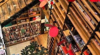 Photo of Bookstore Cafebrería El Péndulo at Álvaro Obregón 86, Cuauhtemoc 06700, Mexico