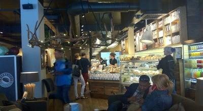 Photo of Cafe Espresso House - Drottninggatan at Drottninggatan 33-35, Stockholm 111 51, Sweden