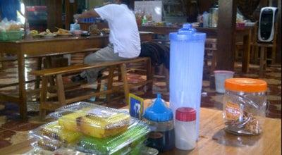 Photo of Diner Warung Makan Es Masuk at Jl. Reksoniten 43b, Surakarta, Indonesia