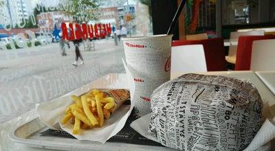 Photo of Fast Food Restaurant Hesburger at Insinöörinkatu 23, Tampere 33720, Finland