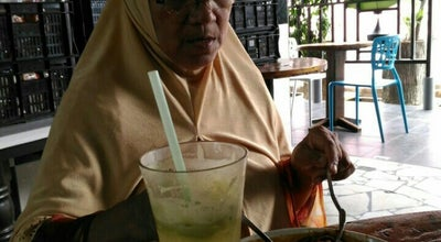 Photo of Bakery Roti Segar & Kafe at Medan Bendahara, Kuala Kangsar 33000, Malaysia