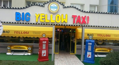 Photo of Cafe Big Yellow Taxi Benzin at Sinanoba Mahallesi,, İstanbul 34525, Turkey