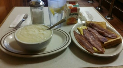 Photo of Breakfast Spot Ralph's Diner at 21-23 Mott Ave, Far Rockaway, NY 11691, United States