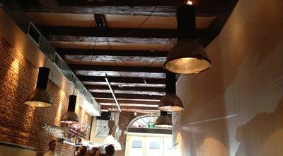 Photo of Restaurant In de Buurt at Lijnbaansgracht 246, Amsterdam 1017 RK, Netherlands