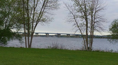 Photo of Park Ashwaubomay Memorial River Park at 2881 S. Broadway, Green Bay, WI 54304, United States