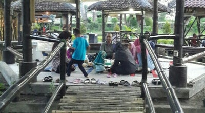 Photo of Asian Restaurant Rumah Makan Ma'Pinah at Ngoto Bangunharjo, Sewon Bantul, Indonesia