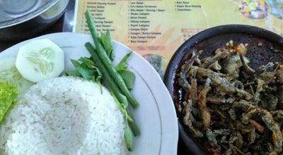 Photo of Asian Restaurant Warung Sukaria Djoyo Mulyo at Jl. Cokropati No. 20, Blitar, Indonesia