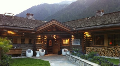 Photo of French Restaurant La Cabane des Praz at 35 Route Du Golf, Chamonix-Mont-Blanc 74400, France