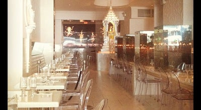 Photo of Thai Restaurant Qi Bangkok Eatery at 675 8th Ave, New York, NY 10036, United States