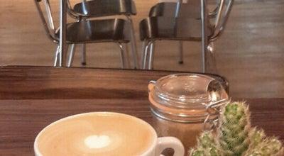 Photo of Coffee Shop Alley Cat Bikes & Coffee at Hoenderstraat 15-17, Maastricht 6211 EL, Netherlands