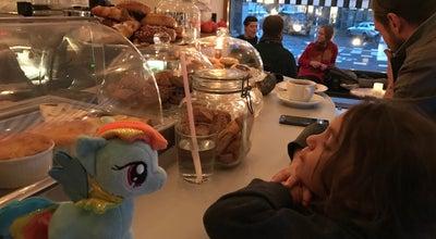 Photo of Coffee Shop Uggla Kaffebar at Sankt Knuts Torg 16, Malmo 211 57, Sweden