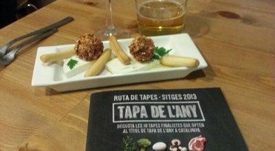 Photo of Wine Bar La Formatgeria at Santiago Rossinyol, Spain
