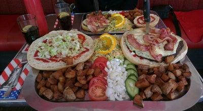 Photo of American Restaurant Quincy at Max-petermann-platz 5, Krefeld 47798, Germany