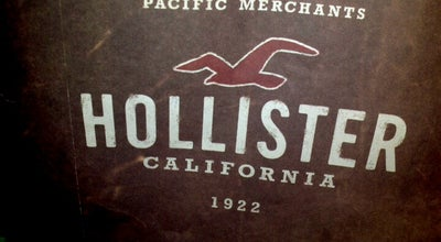 Photo of Women's Store Hollister Co. at 7427 Dadeland Mall, Miami, FL 33156, United States