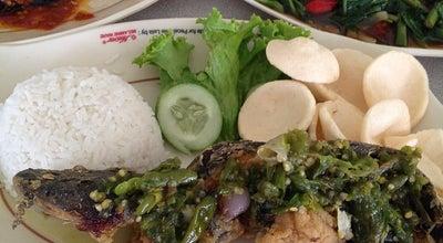 Photo of Food Court Pecel Lele Lela at Jalan Tuparev, Karawang, Indonesia