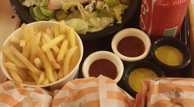 Photo of Burger Joint Burger Bun | برگر بان at Taleghani Blvd., Bandar Abbas, Iran