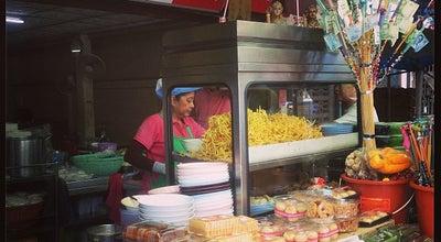 Photo of Ramen / Noodle House เจ๊ดำ แซบพิสดาร ก๋วยเตี๋ยวต้มยำหมูกรอบ at ถ.ลำลูกกา, Lam Luk Ka 12130, Thailand