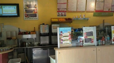 Photo of Smoothie Shop Robeks Fresh Juices & Smoothies at 4115 Campbell Ave, Arlington, VA 22206, United States