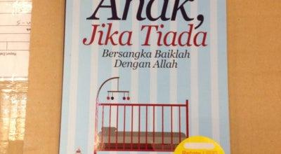 Photo of Bookstore POPULAR Bookstore @ Plaza Melaka at 523 & 525, Plaza Melaka, Jln Gajah Berang, Melaka 75200, Malaysia