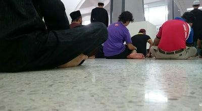Photo of Mosque Masjid Ar Rahman at Jalan Pantai Baru, Kuala Lumpur, Malaysia