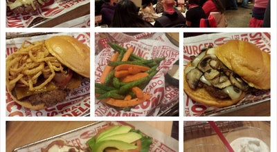 Photo of Burger Joint Smashburger at 4903 Cordell Ave, Bethesda, MD 20814, United States