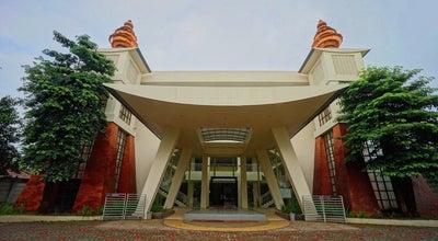 Photo of Temple Pusdiklat Buddhis Sikkhadama Santibhumi at Sektor Vii Blok C No. 6, Bsd City, Tangerang Selatan 15321, Indonesia