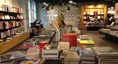 Photo of Bookstore Orell Füssli at Füsslistr. 4, Zürich 8001, Switzerland