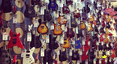 Photo of Music Store Guitar Center at 25 W 14th St, Manhattan, NY 10011, United States
