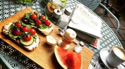 Photo of Vegetarian / Vegan Restaurant Shari's Kitchen at Collenbachstr. 41, Dusseldorf 40476, Germany