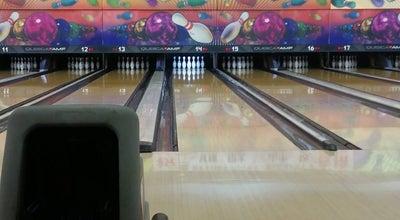 Photo of Bowling Alley 江の島ボウリングセンター at 片瀬海岸2-15-22, 藤沢市 251-0035, Japan