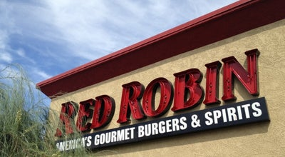 Photo of Burger Joint Red Robin Gourmet Burgers at 9600 S Eastern Ave, Las Vegas, NV 89123, United States