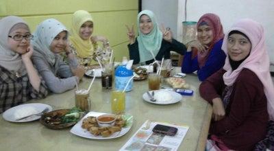 Photo of Cafe Resto Bu Tjipto at Jalan Kapten Suwandak 63, Lumajang, Indonesia