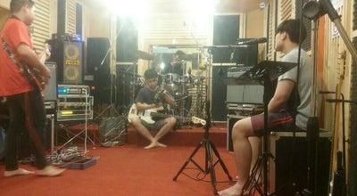 Photo of Rock Club โกดัง มิวสิคสเตชั่น at Thailand