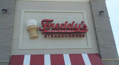 Photo of Burger Joint Freddy's Frozen Custard & Steakburgers at 100 Brickton Rd, Columbia, MO 65201, United States