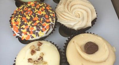 Photo of Cupcake Shop Smallcakes at 1480 Apalachee Pkwy, Tallahassee, FL 32301, United States