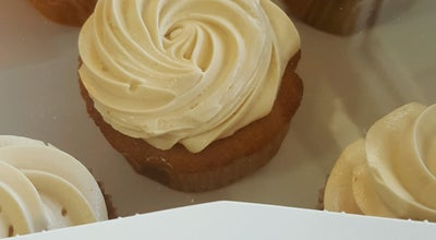 Photo of Bakery Short n Sweet Bakery & Cafe at 374 Kinoʻole St., Hilo, HI 96720, United States