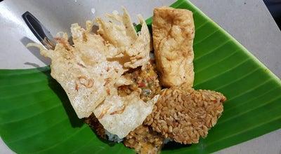 Photo of Food Pecel Madiun Bu Beni at Jl. Seruni, Blitar, Indonesia